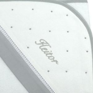 Toalha de banho com capuz personalizada cinza