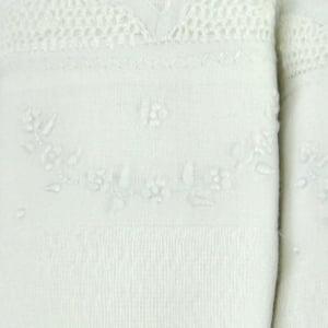 Fralda Renda Renascença Arco Floral Branca - de R$ 54,32 a R$ 63,90 - Desconto Progressivo