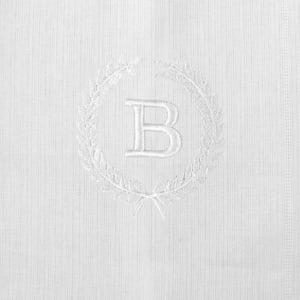 Pano Boca Personalizado Renda Renascença Ramos Iniciais Branco (até 2 letras) - de R$ 42,42 a R$ 49,90 - Desconto Progressivo